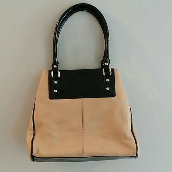 Kate Spade nude   black leather bag! FAST SHIP af672cf562567